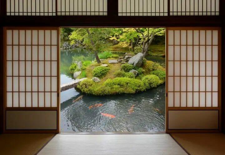 Best Japanese Bedroom Ideas - Sliding doors