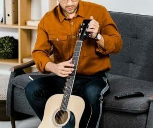 Can You Use Furniture Polish on A Guitar? Ultimate Guitar Polish Guide in 2021