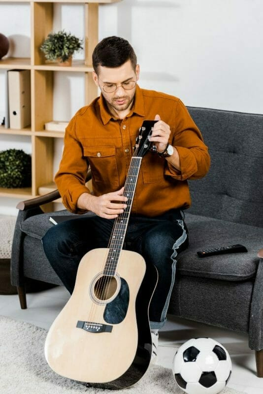 Can You Use Furniture Polish on A Guitar