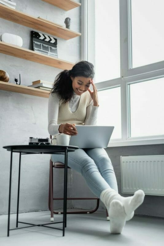 What Furniture To Put Under A Window- Coffee Corner
